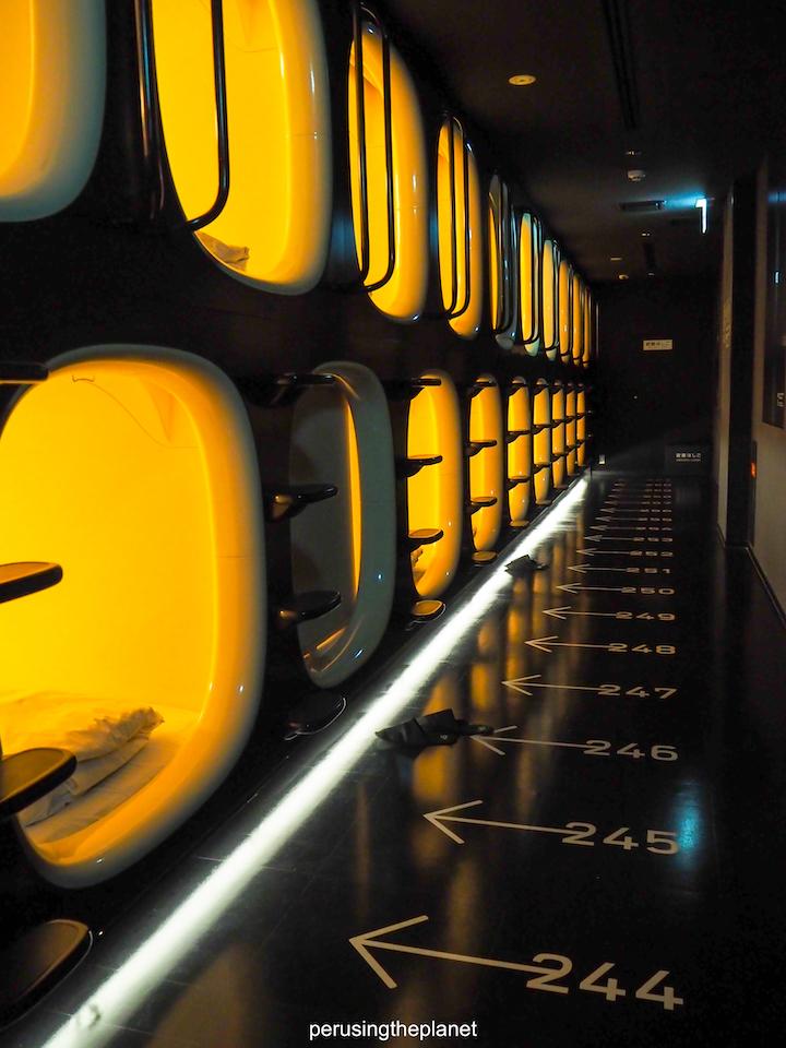 japan budget capsule hotel